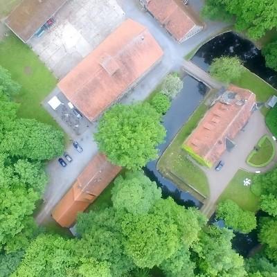 Luftaufnahmen des Ritterguts