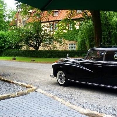 historisches Fahrzeug Mercedes-Benz